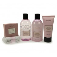 Classy Winter Bath Treasures Large Gift Set