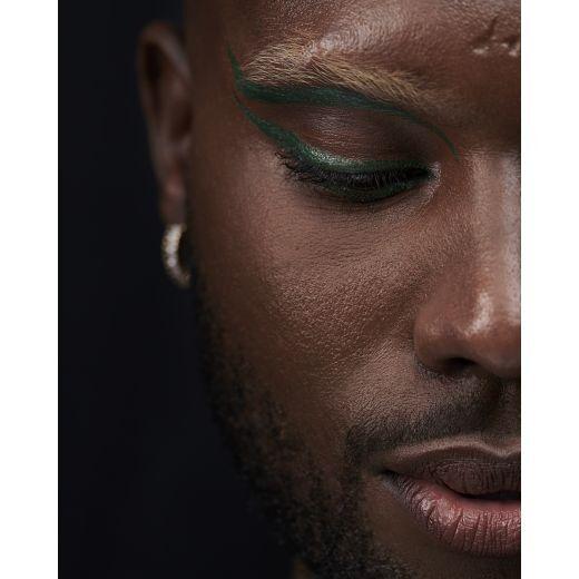Cherrie Glossy Eyeliner Waterproof