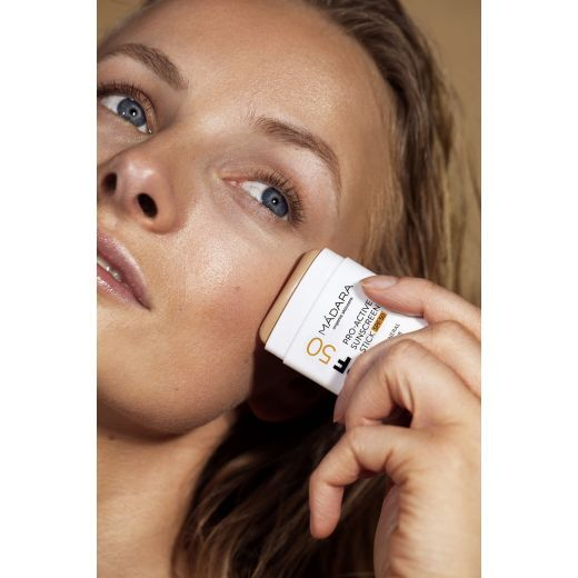 Pro-Active Mineral Sunscreen Stick SPF50