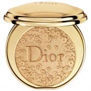 Švytėjimo suteikianti kompaktinė veido pudra Dior