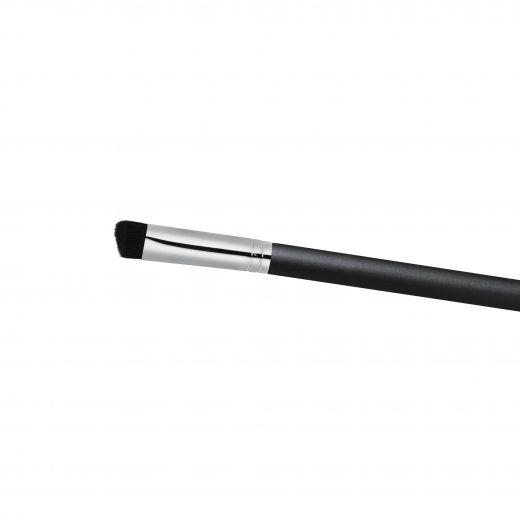 106S Triangular Concealer Brush