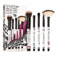 Drawn in. Decked Out. Multi-Use Brush Set