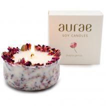 Sojų vaško žvakė su rožių žiedlapiais