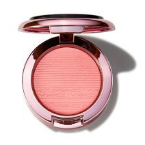 Black Cherry Extra Dimension Blush Look Don'T Touch!